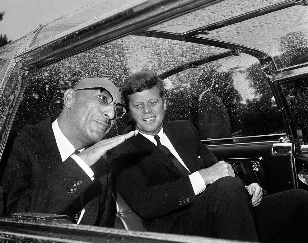 Король Афганистана Мухаммед Захир-Шах и президент США Джон Кеннеди в автомобиле