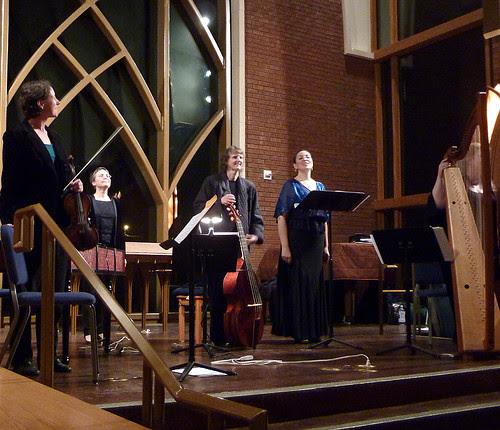 P1010272-2010-03-20-Kordes-violin-Weiss-harpsichord-Schroder-viola-Vanherle-soprano-Fagerberg-harp
