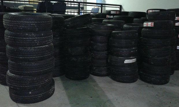 207 pneus estão avaliados em mais de R$ 200 mil, segundo a PF / Foto: Polícia Federal/Divulgação