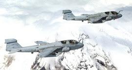 Due Prowler in volo sulle Alpi