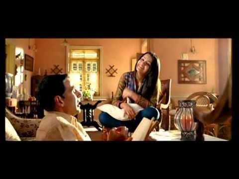 Sajde Kiye Hai Lakho Lyrics - Akshay Kumar | Khatta Meetha