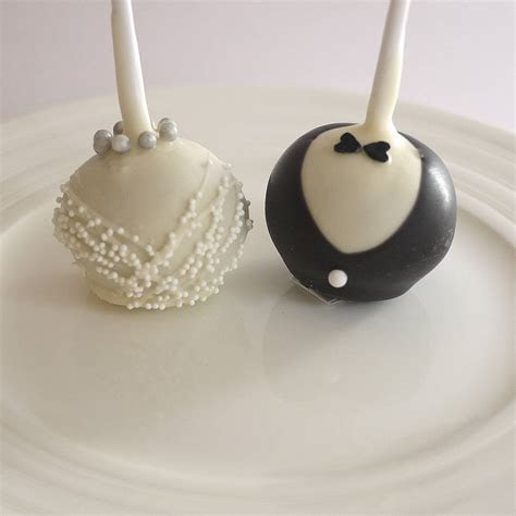 bride & groom wedding cake pops by the cake pop company