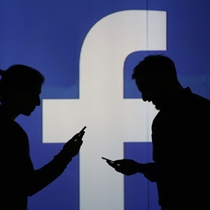 Facebook pushes to augment reality through smartphones