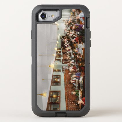 Accountant - Workaholic 1923 OtterBox Defender iPhone 7 Case
