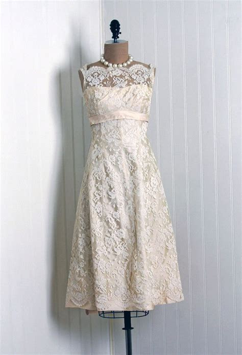 1950s Saks Fifth Avenue label Chantilly lace dress. #1950s