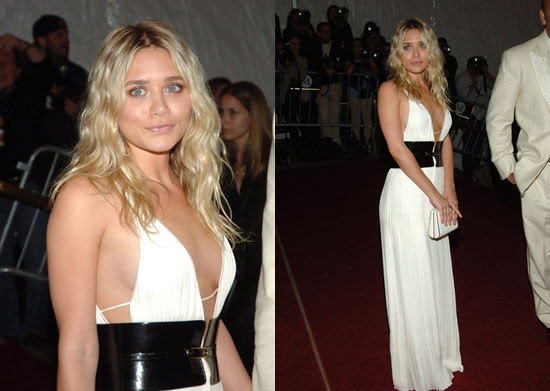 Ashley Olsen is looking quite grown up here in this black and white gown.