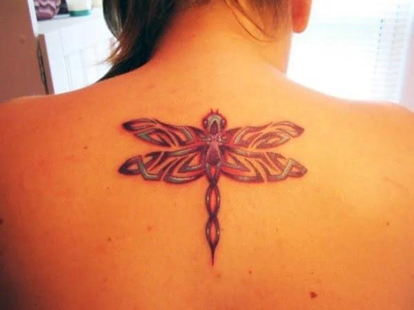 75 desenhos de tatuagem de libélula bonito e sexy 50 por Bryan