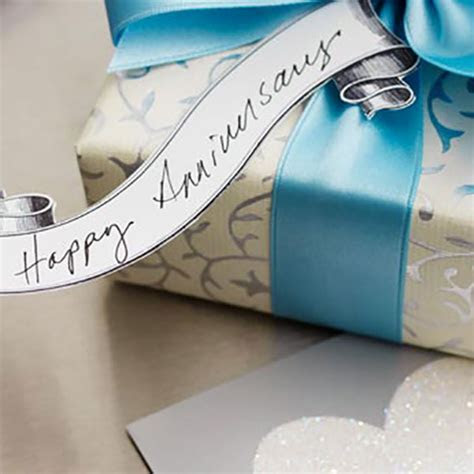 17th Year Anniversary Gift Ideas For Her   Gift Ftempo