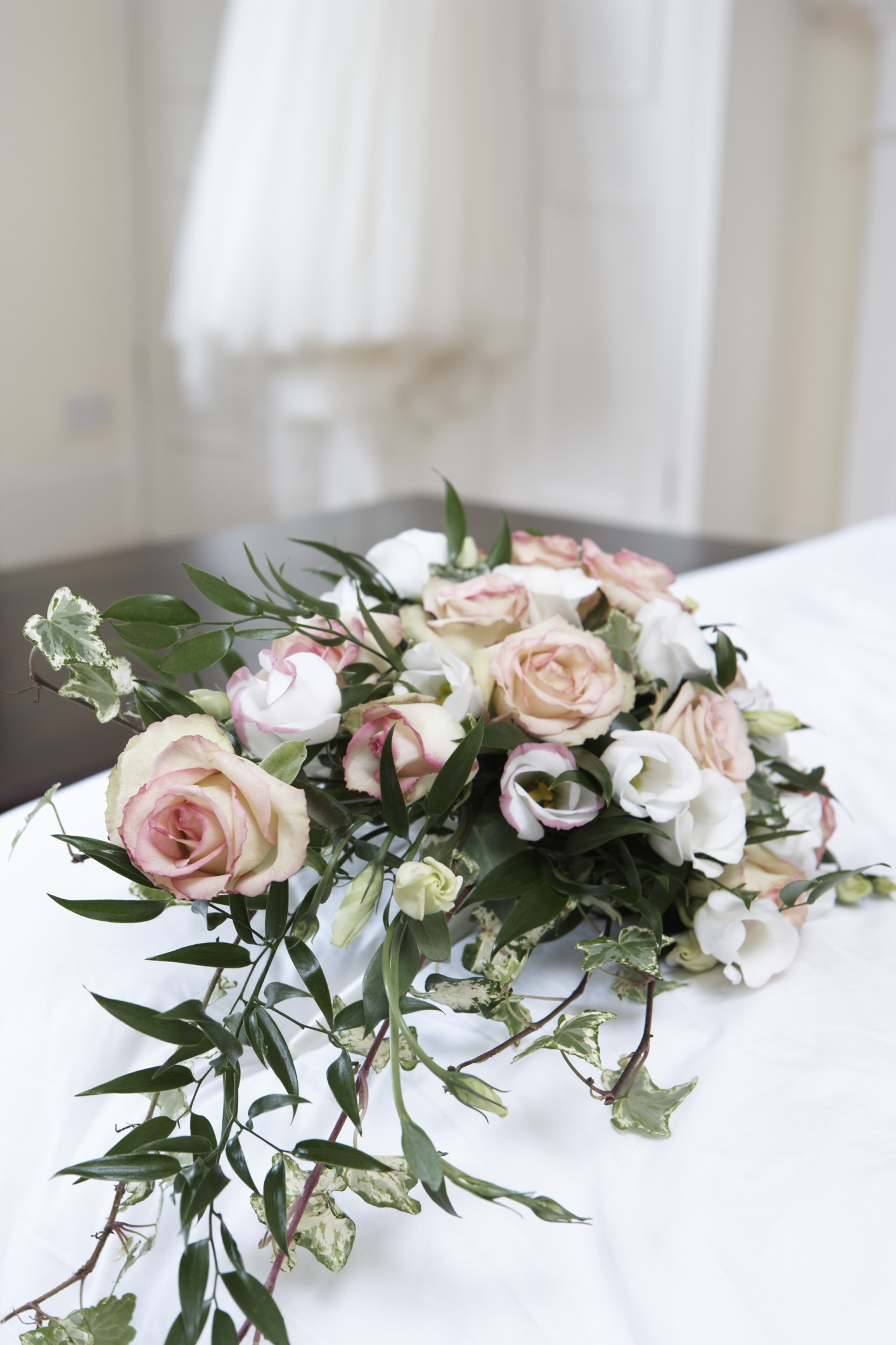 How To Make A Large Wedding Altar Flower Arrangement