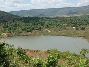 Local onde no início dos anos 80 milhares de garimpeiros buscavam ouro hoje é um grande lago. (Foto: Vianey Bentes/TVGlobo) (Foto: Vianey Bentes/TV Globo)