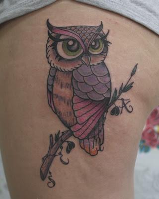 Tatuaje Búho Hembra A Color En Su Tinta Estudio