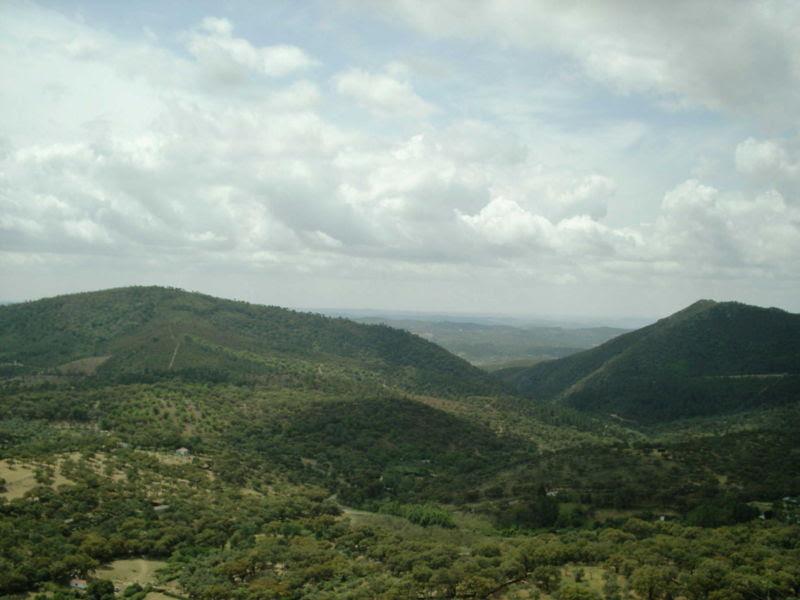 File:Sierra de Aracena (Huelva España).JPG