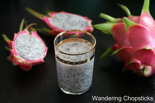 Sinh To Thanh Long (Vietnamese Dragon Fruit Shake) 4
