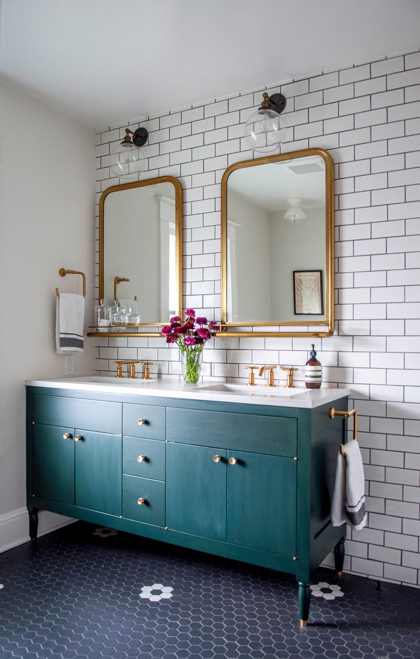 Remodelaholic | Friday Favorites: Marbling, Wallpaper, and ...