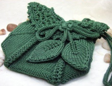 knitted bag leaves