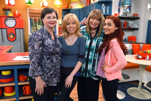 Cindy Williams and Penny Marshall - Sam & Cat