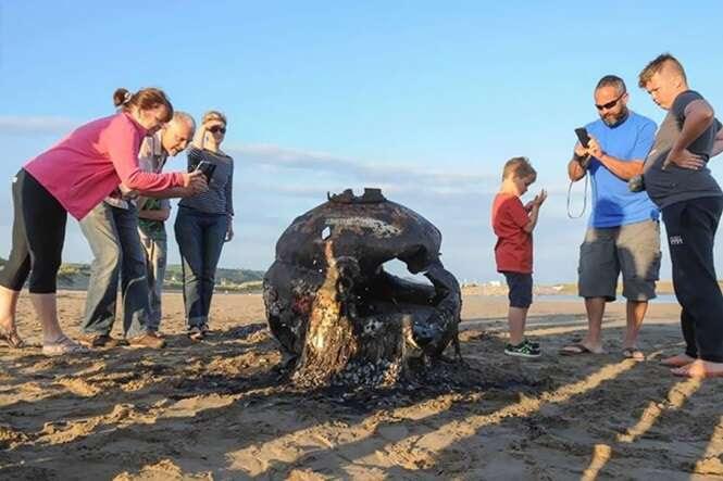 5 coisas bizarras achadas na beira da praia