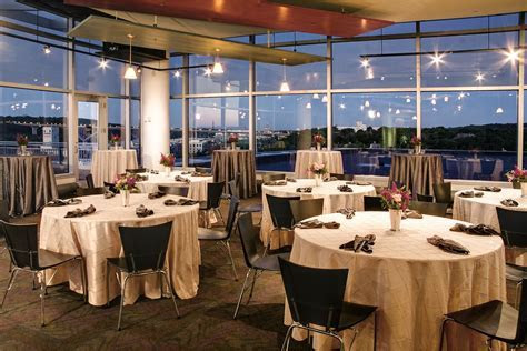 Plan your wedding reception at the Science Museum of