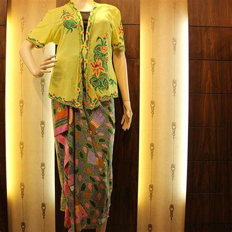 kebaya encim bahan katun motif flower cotton high