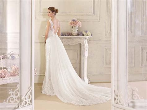 Fara Sposa 2017 Wedding Dress Collection   Modern Wedding