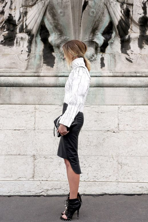 Le Fashion Blog 9 Ways To Wear Marble Print Crackle Balenciaga Sweater Leather Skirt Via Oracle Fox photo Le-Fashion-Blog-9-Ways-To-Wear-Marble-Print-Crackle-Balenciaga-Sweater-Via-Oracle-Fox.jpg