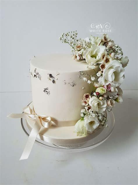 About Us   White Rose Cake Design   Creating Beautiful