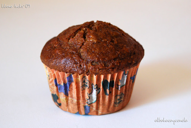 dark pumpkin muffin
