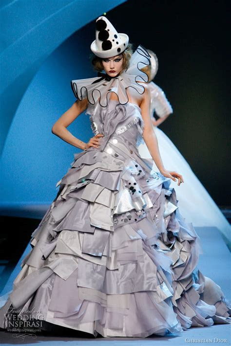 Christian Dior Fall 2011 2012 Couture   Wedding Inspirasi