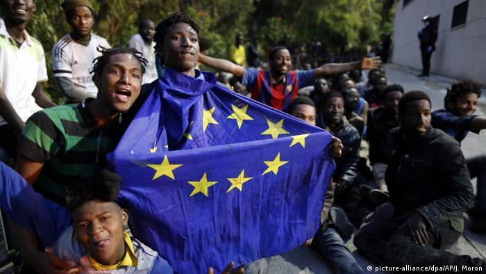 Spanien Massenansturm auf spanische Exklave Ceuta