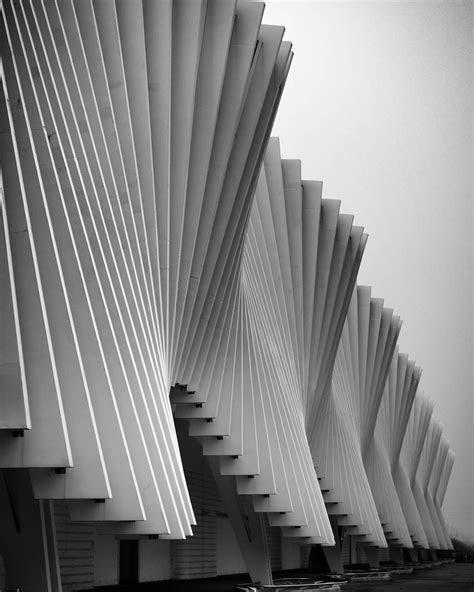 Stazione Mediopadana | Facade architecture, Architecture