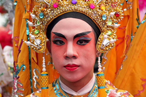 Amazing Chinese opera costume