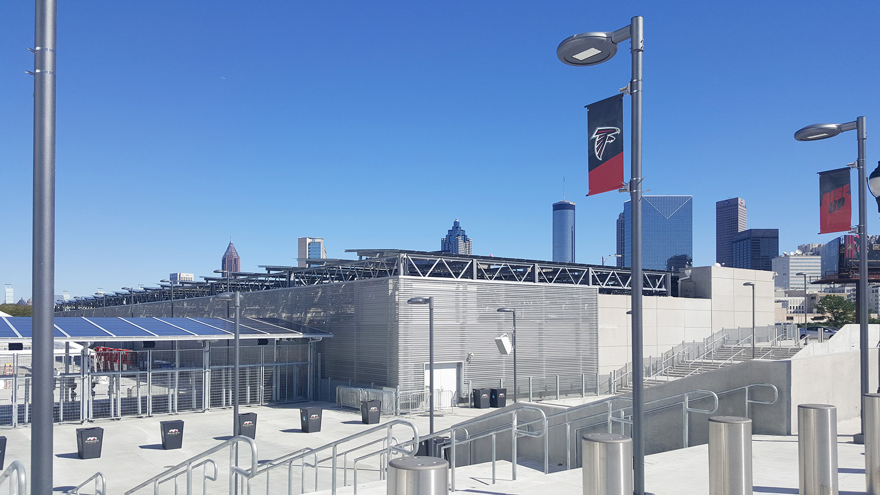 MERCEDES BENZ STADIUM Silver Parking Deck | Atlanta ...