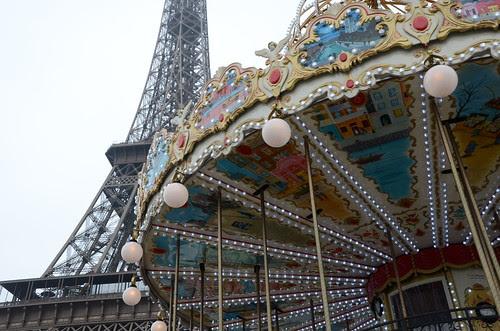 La Tour Eiffel Carousel
