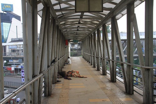 Welcome To Home For The Homeless - Bandra Skywalk On Bakra Eid by firoze shakir photographerno1