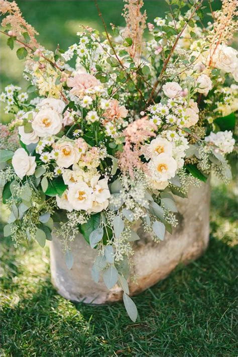 Peach Wedding at The Old Homestead   Floral arrangements