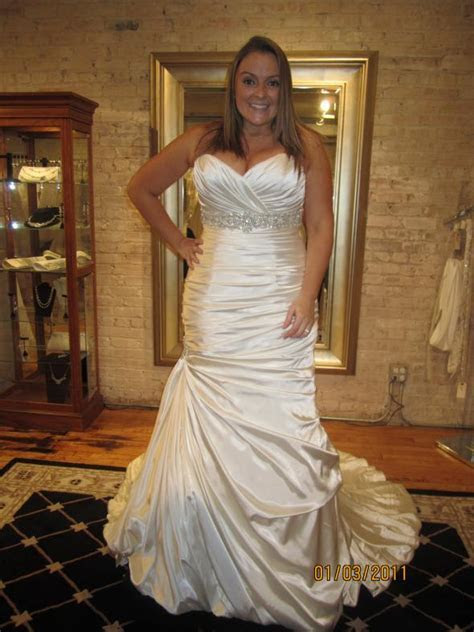 How to Beautify Big Bust Wedding Dresses