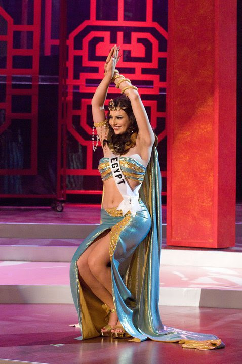 Yara Naoum Egyptian Beauty Queen and Miss Egypt 2008 most hot and sexy wallpapers