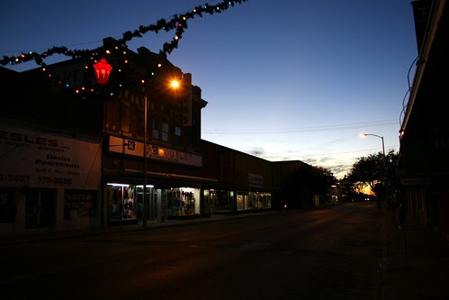 eagle pass main street at night