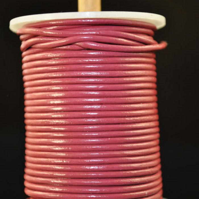 s35109 Stringing - 2 mm Leather Cord - Dark Rose (1 Metre)