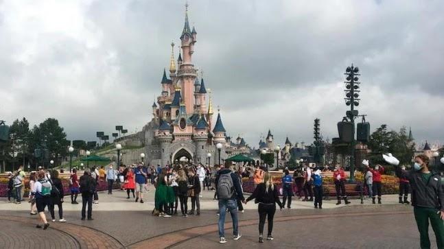 France to open Covid vaccination mega centre in Disneyland Paris https://ift.tt/39yznwJ