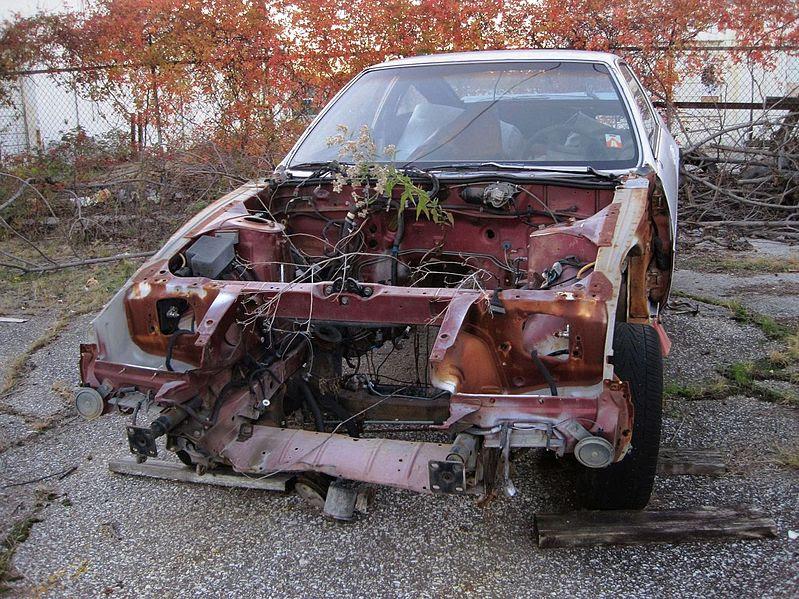 File:Car wreck Memphis TN 2013-11--04 004.jpg