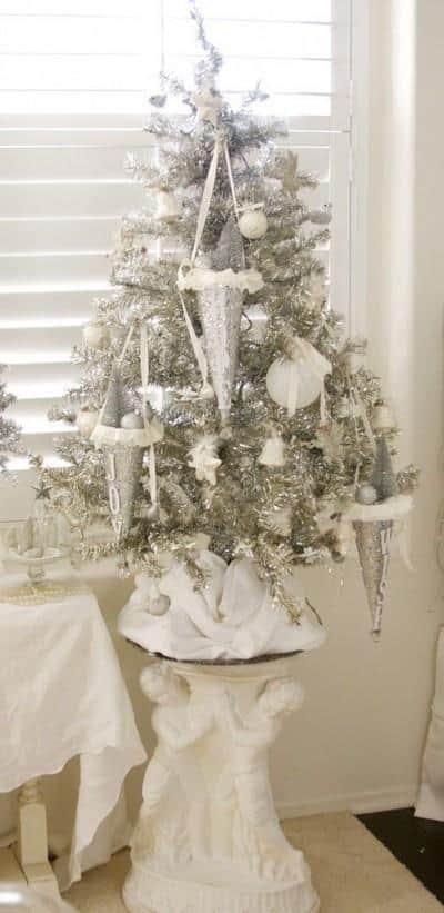 beautiful-vintage-christmas-trees-23