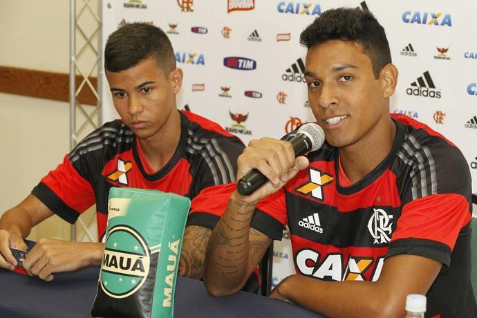 Arthur é tímido, e Antonio bem mais falante e extrovertido (Foto: Raphael Zarko/GloboEsporte.com)