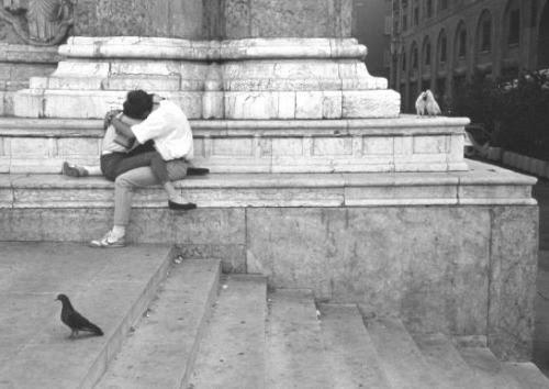Les Amoureaux de Bologne, 1987byÉdouard Boubat