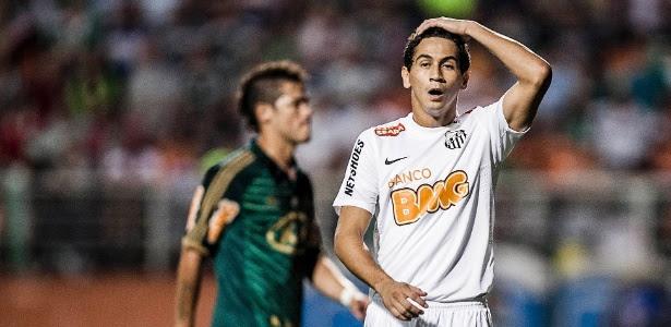 Ganso já acertou salários com o São Paulo, mas Santos tenta emperrar negócio