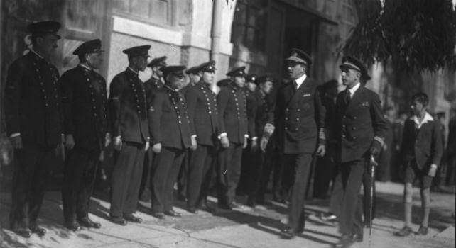 Alfonso XIII en el interior del Arsenal de Cartagena en 1928