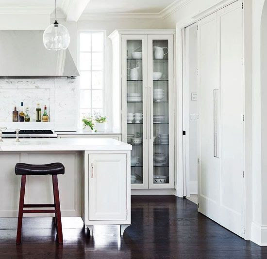 18 White Kitchens {That Are Anything But Boring} - TIDBITS ...
