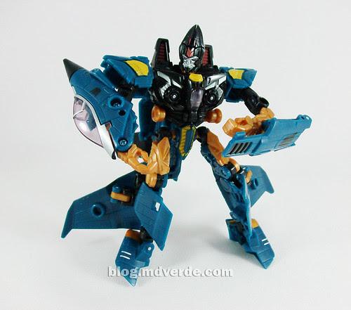 Transformers Dirge Deluxe RotF NEST - modo robot