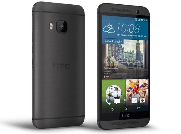 HTC One M9 in black / dark gray