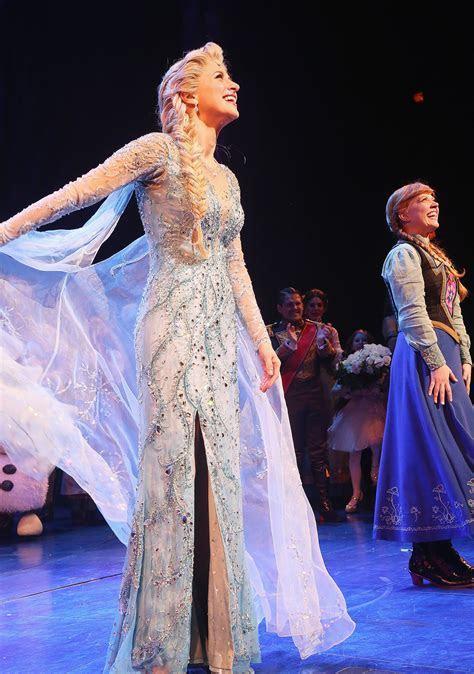 Frozen Anna And Elsa Wedding Dress Up Games